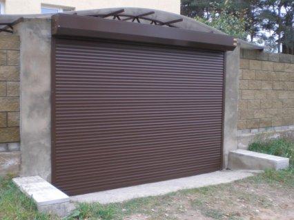 Рулонные гаражные ворота в